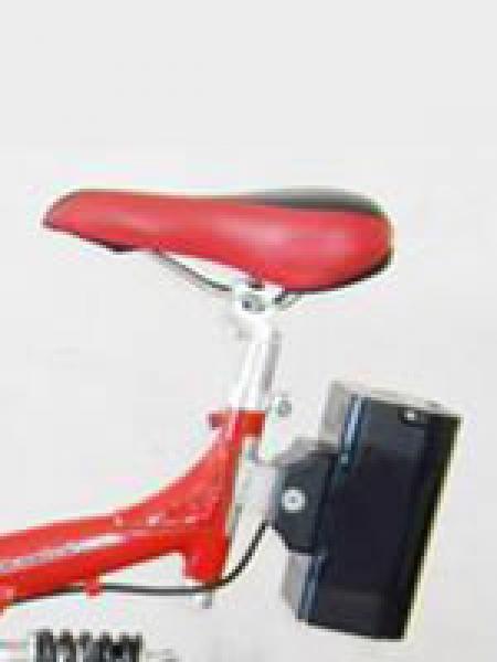 KF541-on_bike